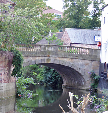 The Foss Bridge is a bit quieter today with no industrial barges passing underneath