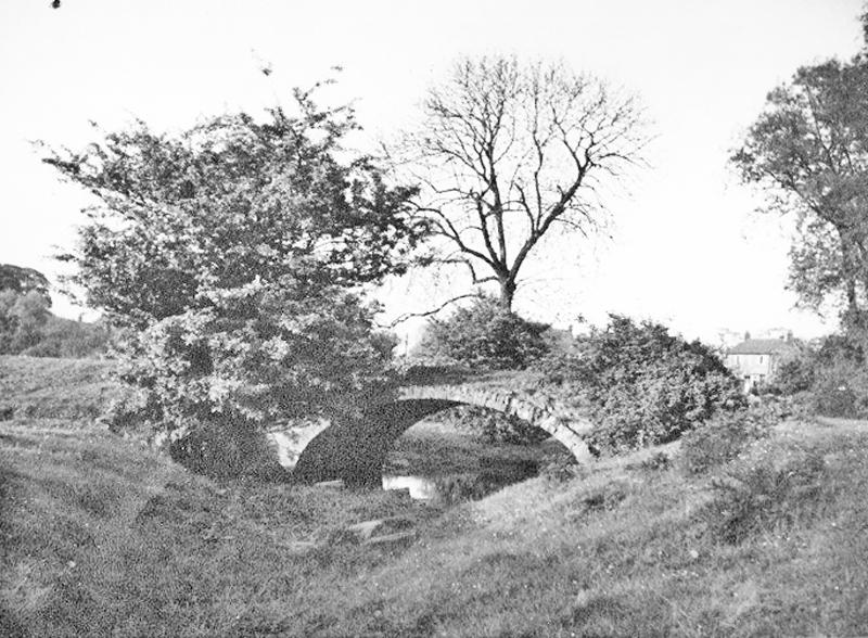 Old Bridge, Mill Hill, Huntington over old river course. Late 1930s. Photo S. Dalton.